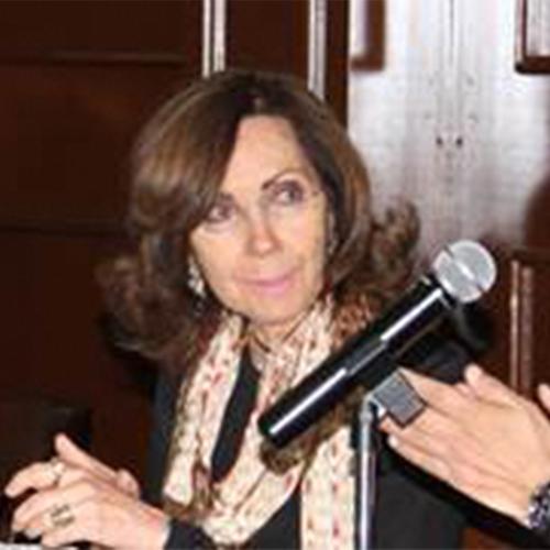 Dra. Ana Rita Valero de García-Lascuráin