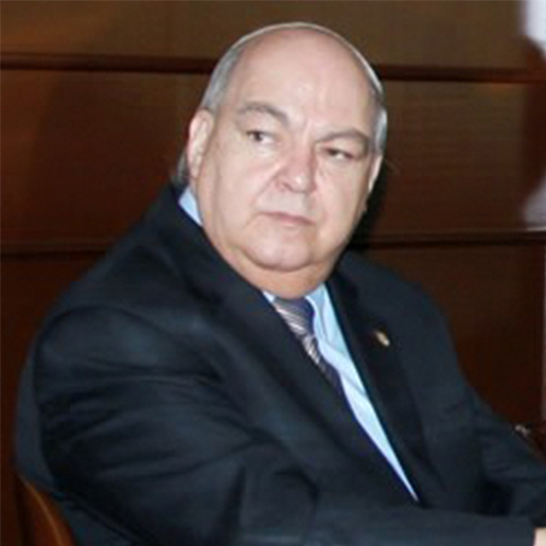 Lic. Fís. Adolfo Orozco