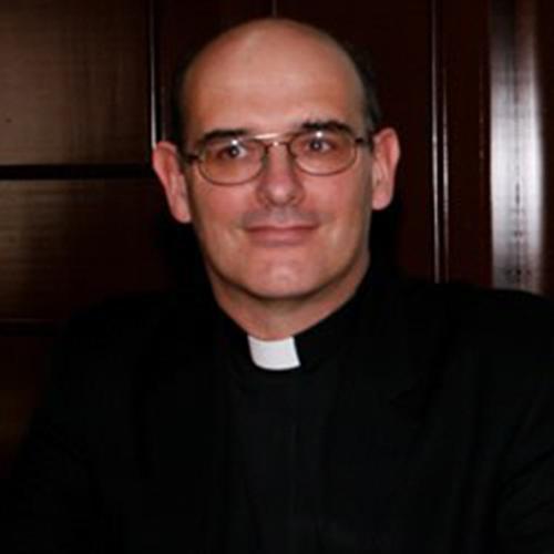 P. Dr. Gustavo Watson