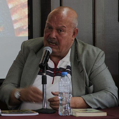 Dr. Alejandro González Acosta