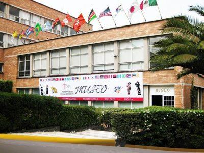 Museo MG, vista exterior, Seminario de Misiones, 88 KB, museo