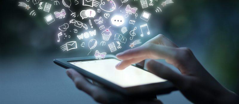 pedagogía_y_nuevas_tecnologias, estudiante_aplica_nuevas_tecnologias, 455KB, tecnologias_de_la_educacion